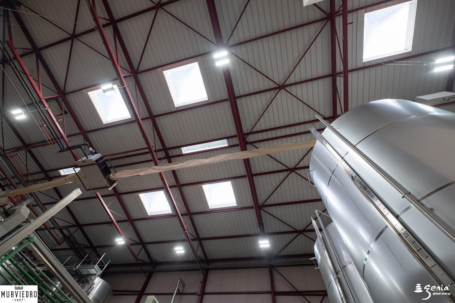 iluminacion-inteligente-industrial-bodegas-murviedro-bodega-e-isobaricas-3