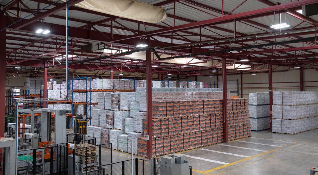 Ventajas de instalar iluminacion LED inteligente en la industria